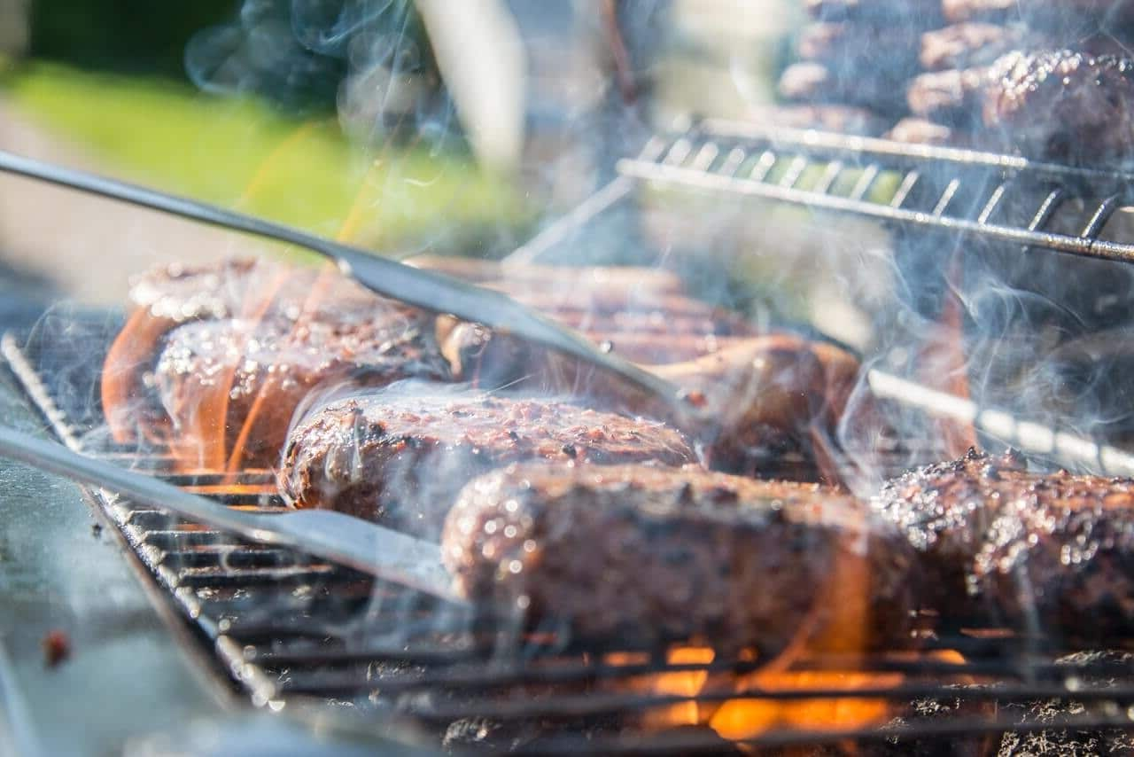 BBQ safety tips to avoid fires.